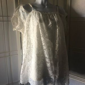 🌷Ivory lace top by Xhilaration  XL off shoulder